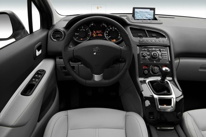 2010 Peugeot 5008 Official Details And Photos Autoevolution