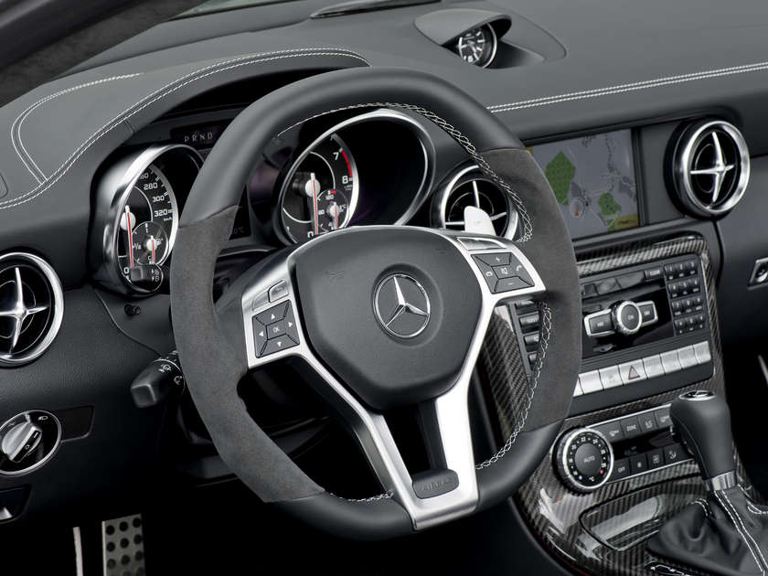 2012 Mercedes Benz SLK 55 AMG Officially Unveiled