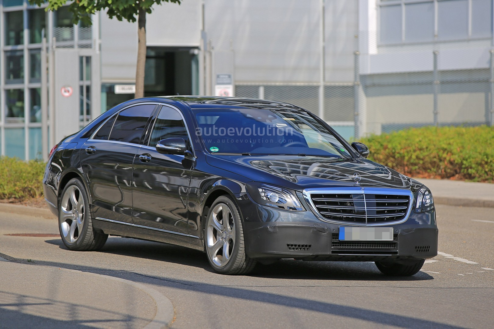 2018 Mercedes S Class Taillights Spied In Detail