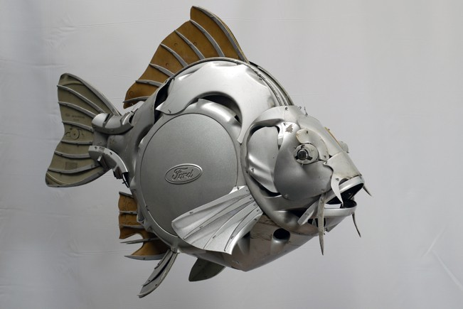 Artist Uses Hubcaps To Create Jaw Dropping Natural Forms Sculptures Autoevolution