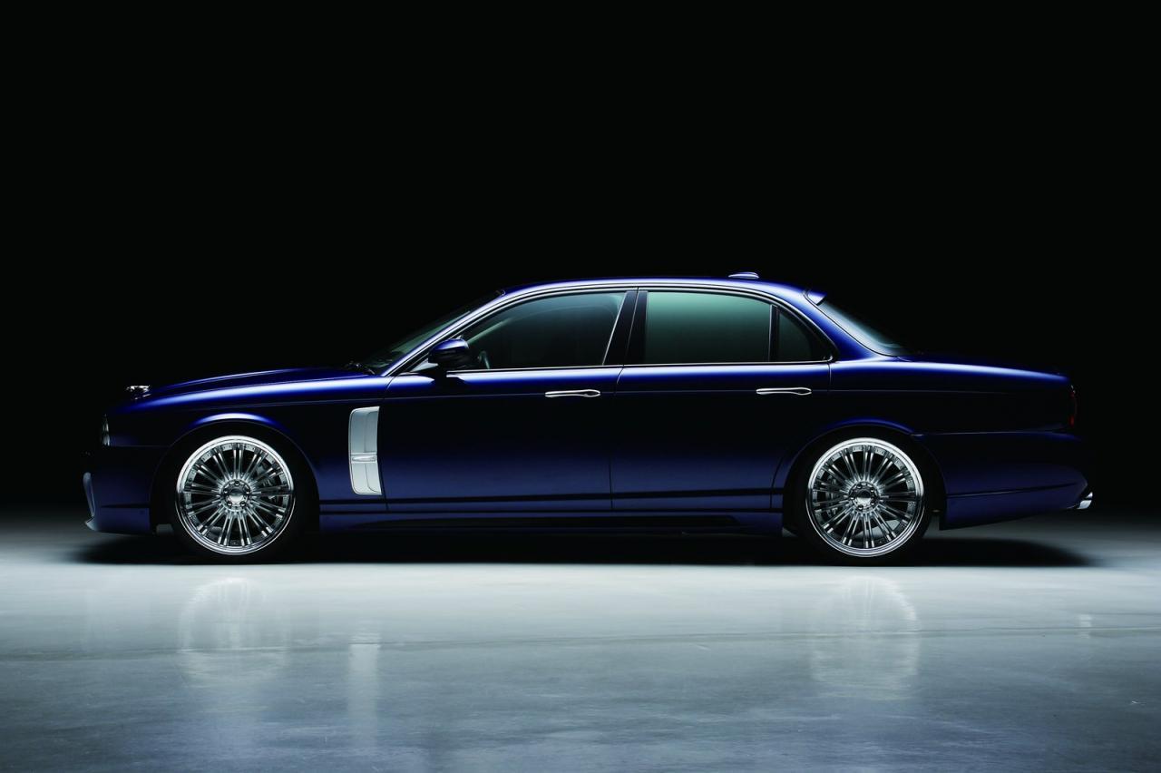 Jaguar Xj X350 Black Bison Comes In Blue