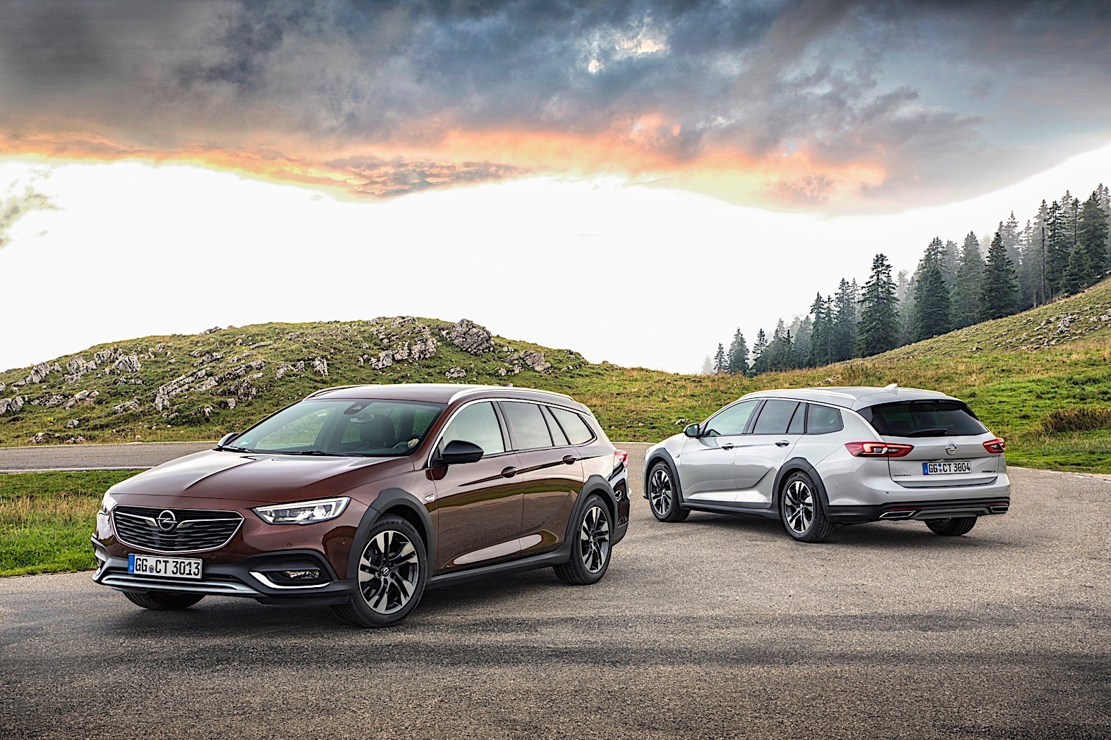 Opel To Custom Paint Insignia Models For Exclusive
