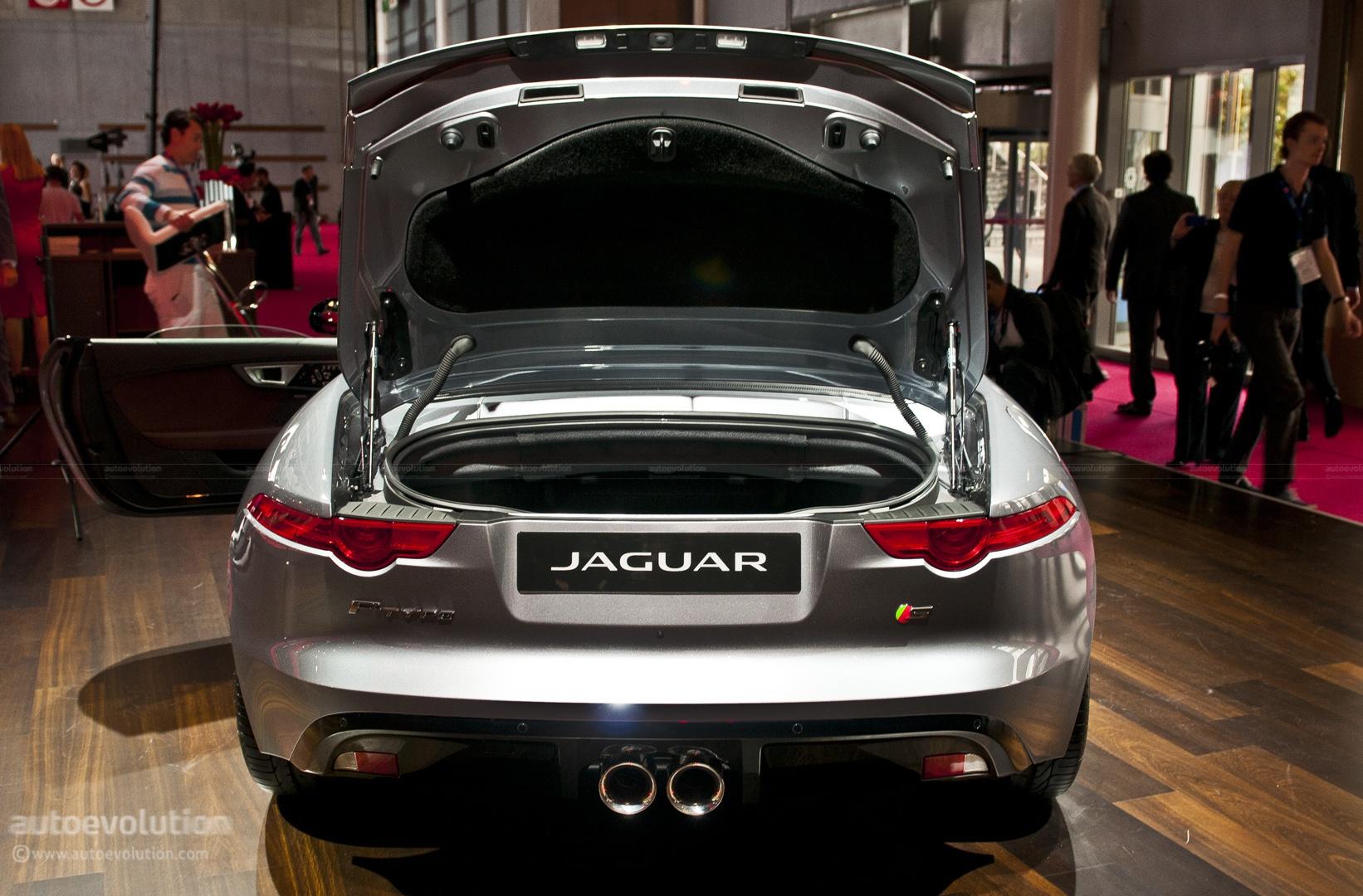Paris 2012 Jaguar F Type Live Photos Autoevolution