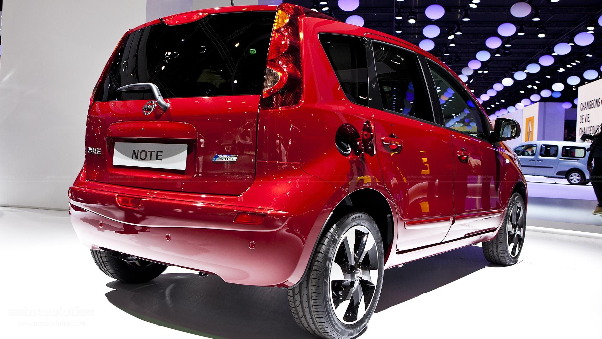 Paris 2012 Nissan Note Facelift Live Photos Autoevolution