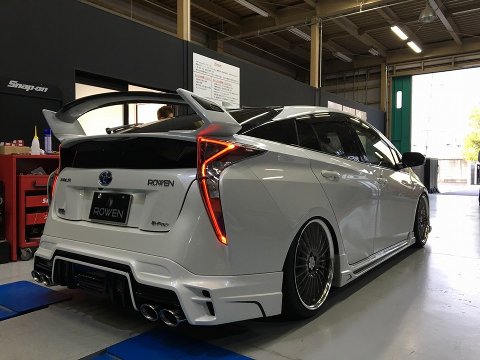 Rowen 2016 Prius Packs Quad Exhaust A Big Wing And Lots