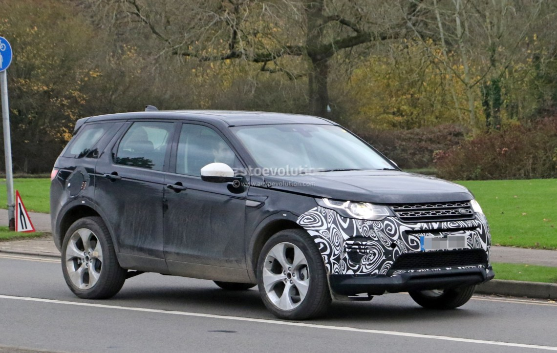 spyshots: 2019 land rover discovery sport has makeshift fuel