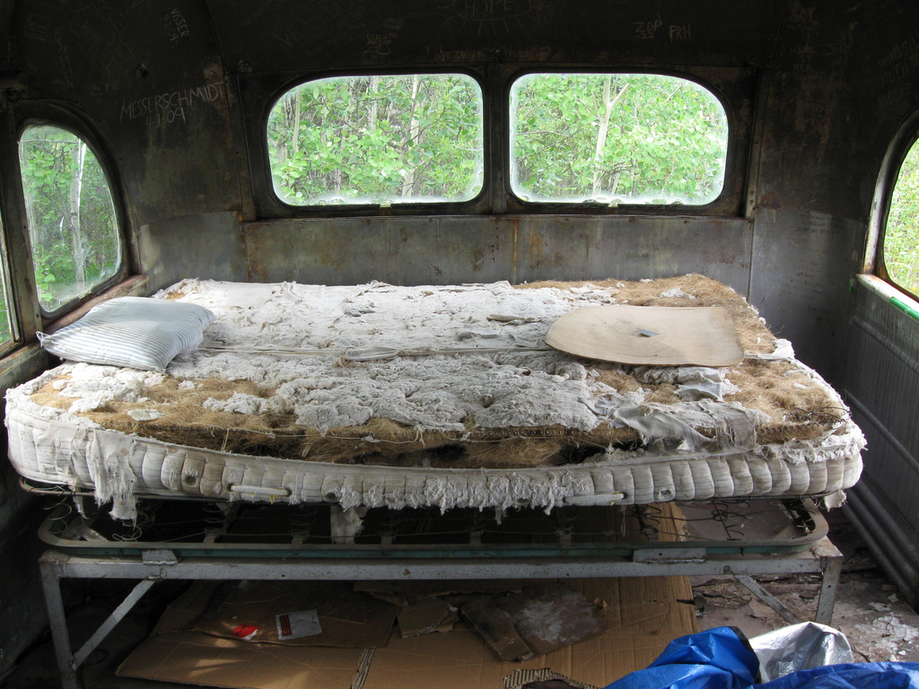 Visit The Bus From Into The Wild In Wild Alaska Autoevolution