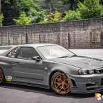 Nissan R34 Skyline Gt R Looks Epic On Gold Vossen Wheels Autoevolution