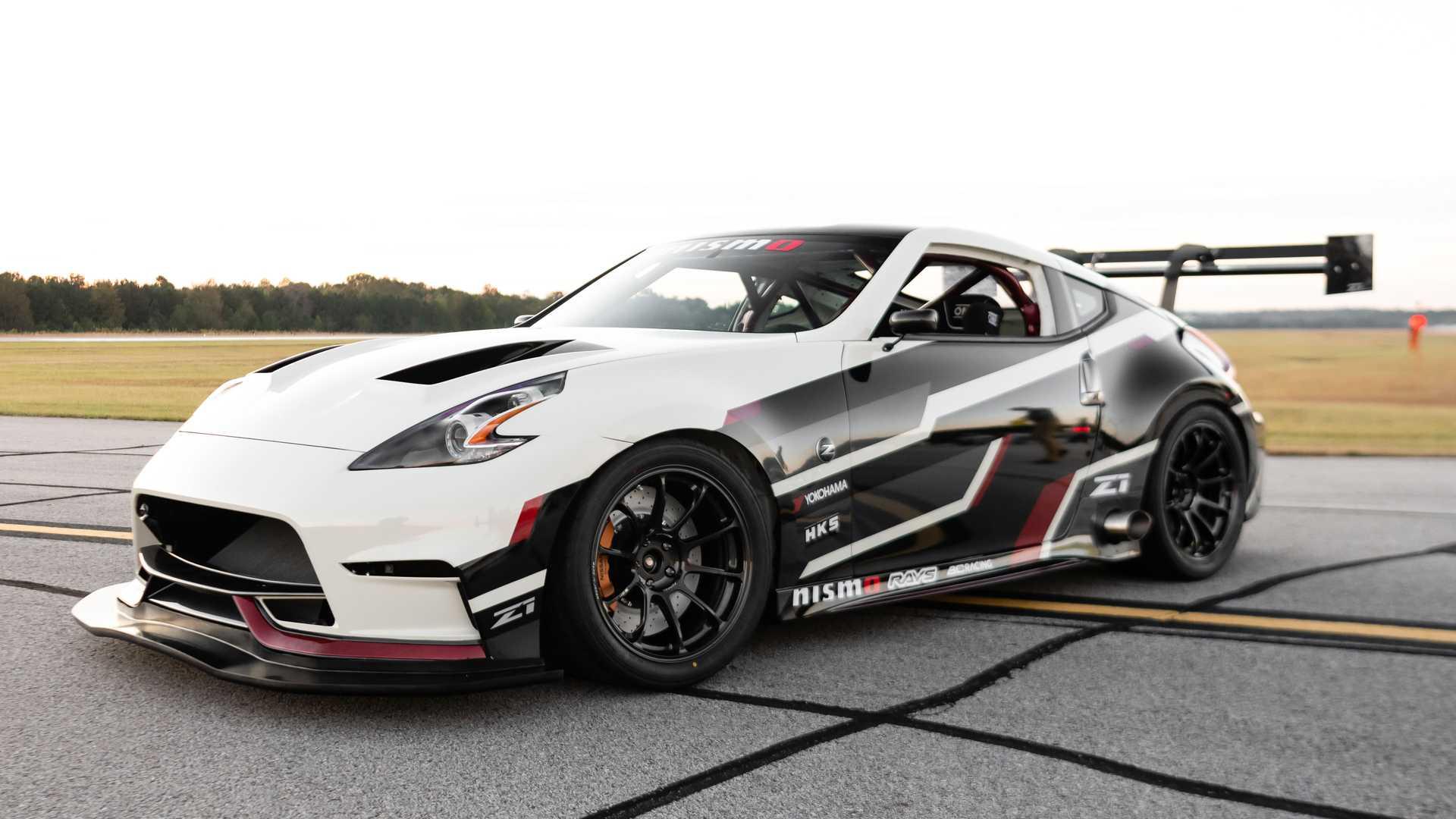 z1 motorsports nissan 370z boasts side