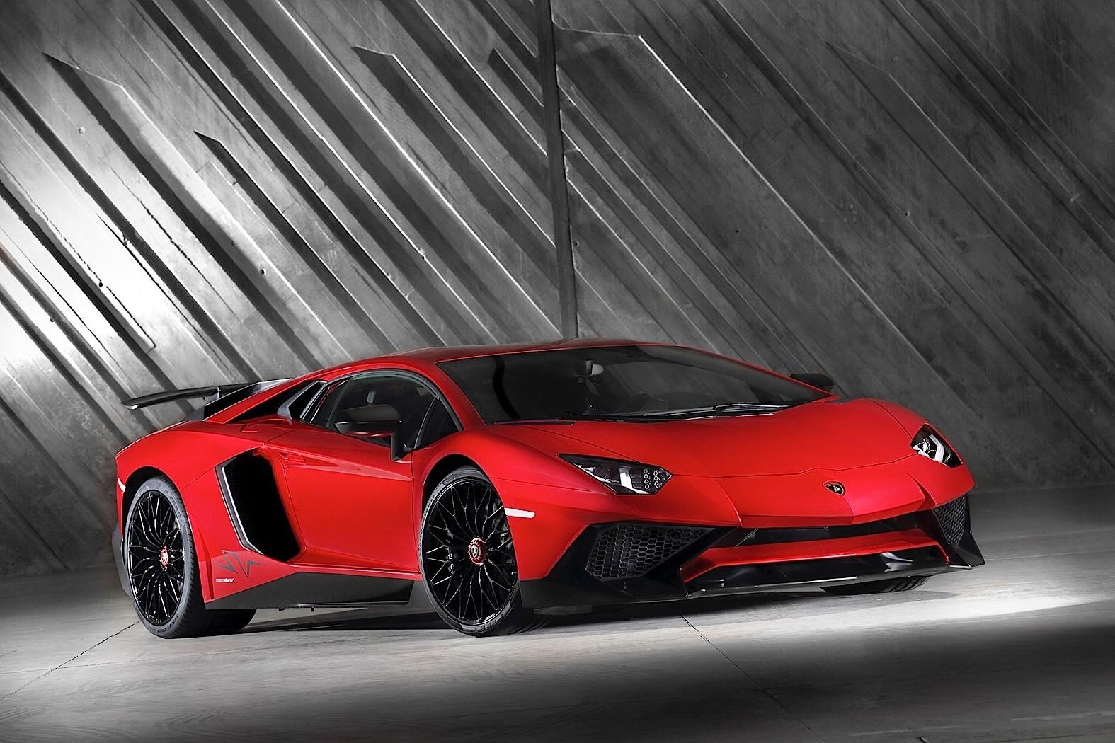 2017 Lamborghini Aventador LP 750 4 Superveloce Review