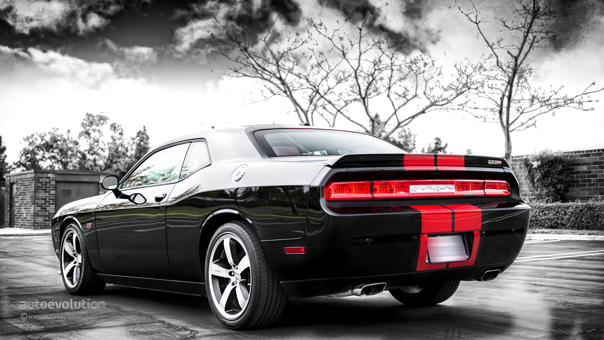 Dodge Challenger Srt8 392 Review Autoevolution