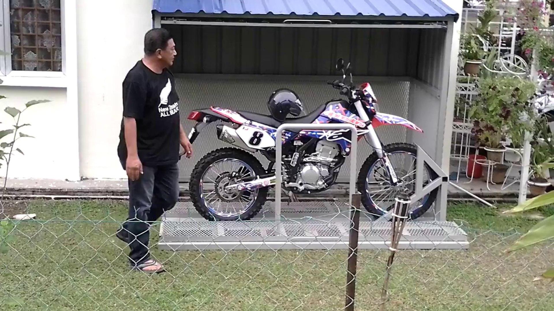 fabriquer un abri de moto dans son