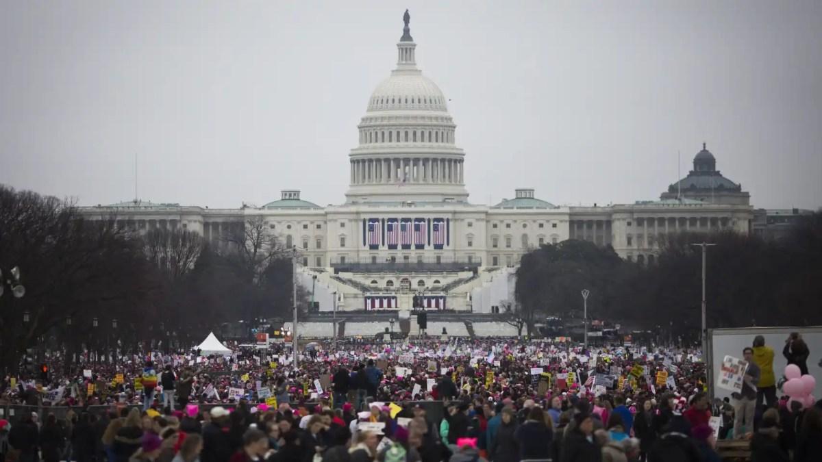 Miles de personas se manifiestan en Washington en la 'Marcha de las Mujeres'