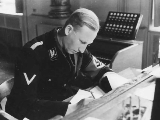 Heydrich había liderado el servicio de inteligencia nazi antes de asumir el cargo de protector de Bohemia y Moravia.