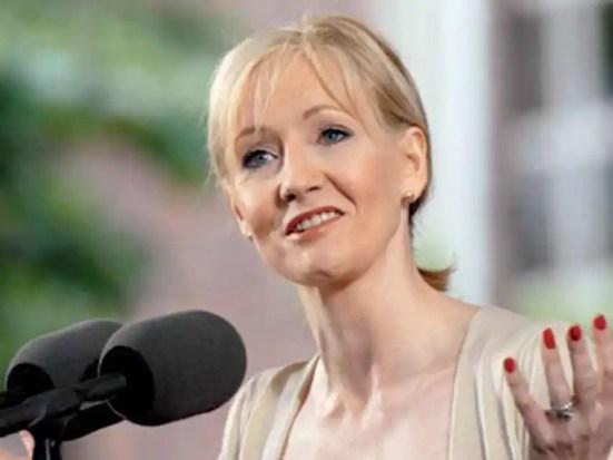 Consejos de JK Rowling para dejar de ser pobre, pero no precario