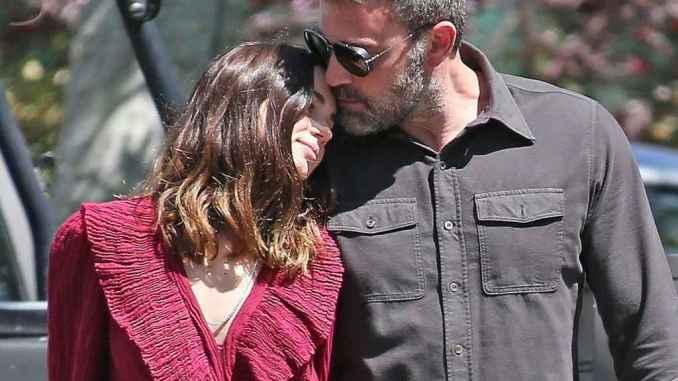 Las imágenes que confirmaron su romance con Ben Affleck.