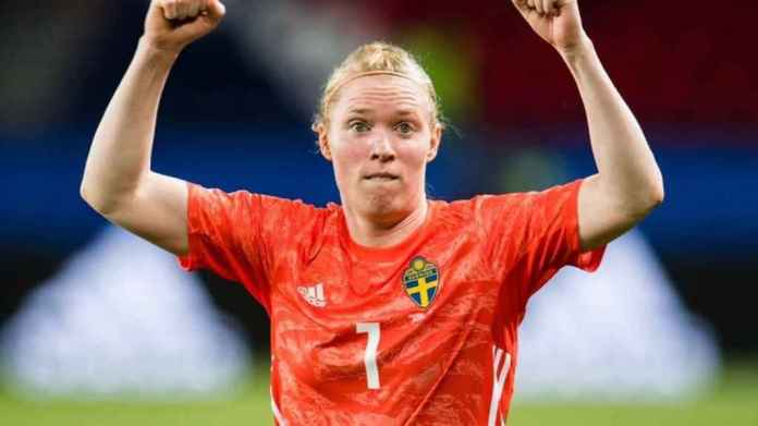 Hedvig Lindahl goalkeeper of the selection of Sweden women's football and Wolfsburg