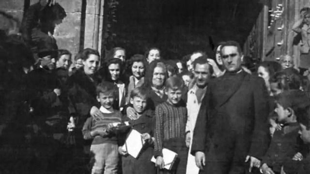 Recepción niños austriacos en Ágreda, Soria (1949).