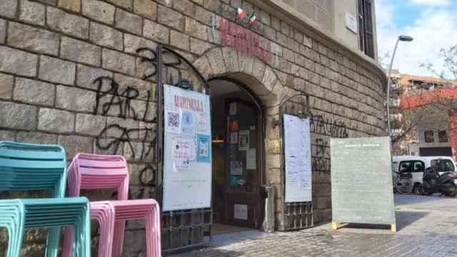 El restaurante Marinella de Barcelona, amenazado y perseguido por atender en castellano.
