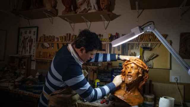 Fernando Aguado trabajando.
