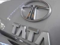 Tata Motors mulls use of Rs 7500 cr rights issue money to launch CVs