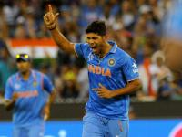Gavaskar all praise for Dhoni's tactics as Indian bowling unit continues fine performance