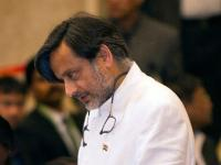 Journalists hold protest march against Shashi Tharoor