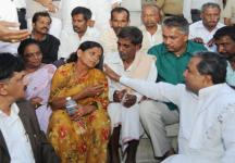 Karnataka IAS officer DK Ravi's death: Family demands CBI probe, threatens to commit suicide