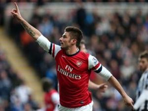 EPL Wrap: Arsenal finish 2013 at top of the table