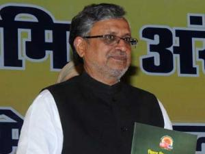 Nitish will join hands with BJP again, claims Sushil Kumar Modi