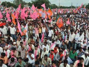 Telangana supporters oppose 'Rayala-Telangana' proposal