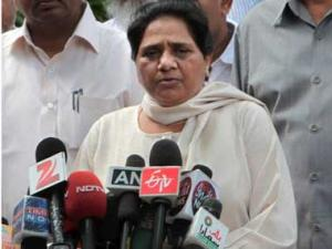 Mayawati criticises Uttar Pradesh for bulldozing relief camps