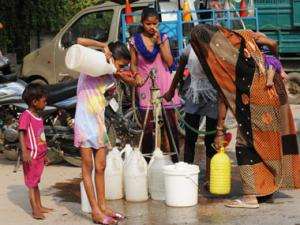 AAP govt's 700 lts free water promise is a tough one to keep