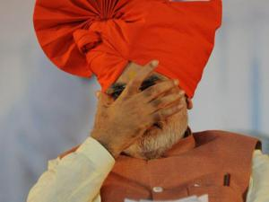 In a fortnight's time Modi's assets rise by Rs 14 lakh