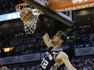 NBA Finals: Spurs one win away from trophy after rout of Heat