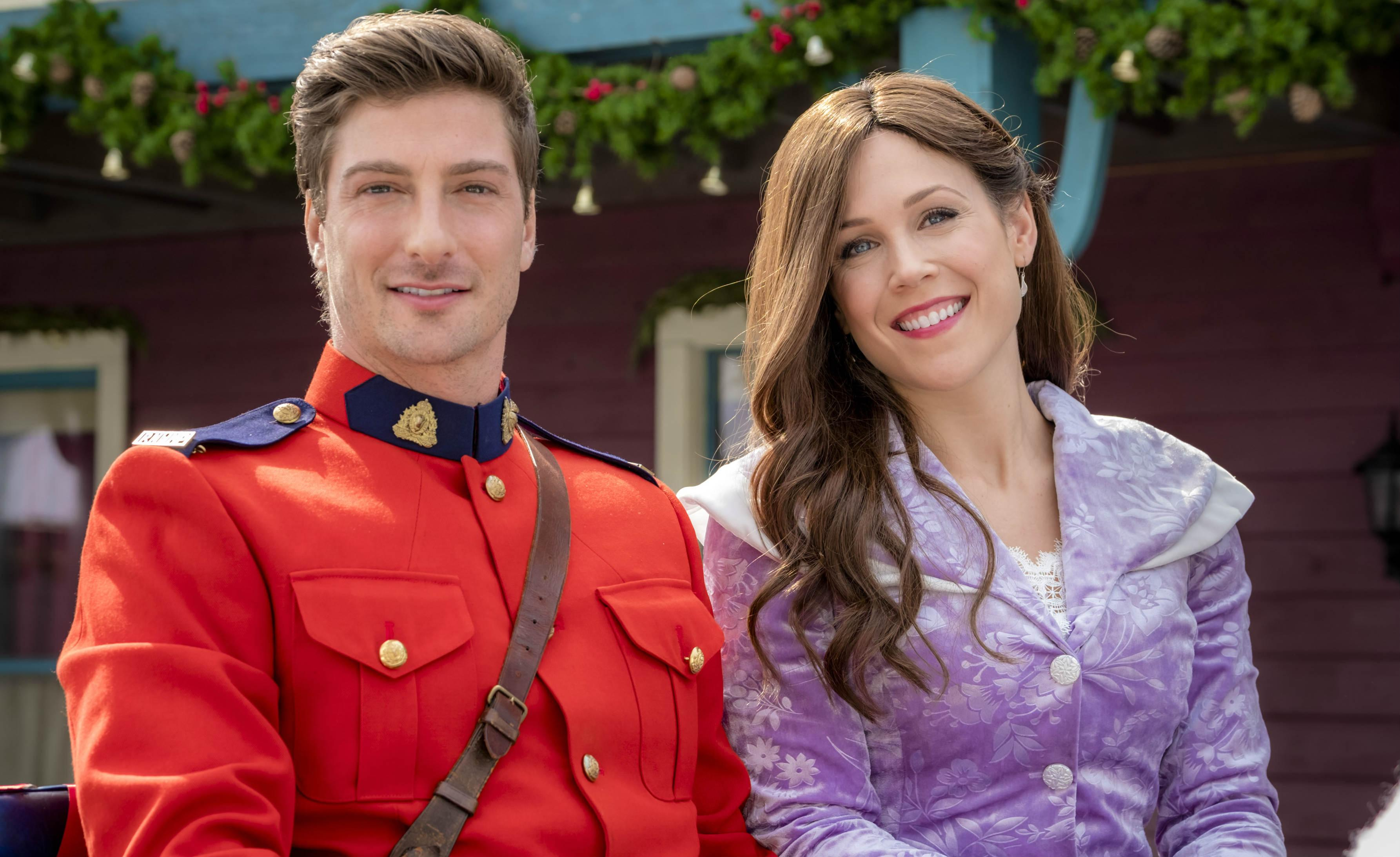 Hallmark Channel When Calls The Heart Christmas Wishing Tree Premiere Cast Trailer