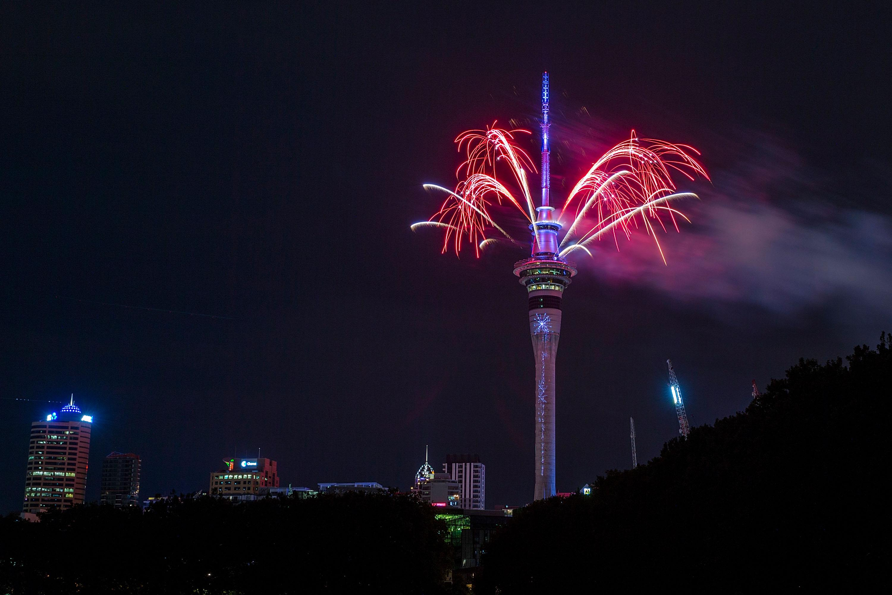 Best New Year S Eve Photos Videos From Around The World