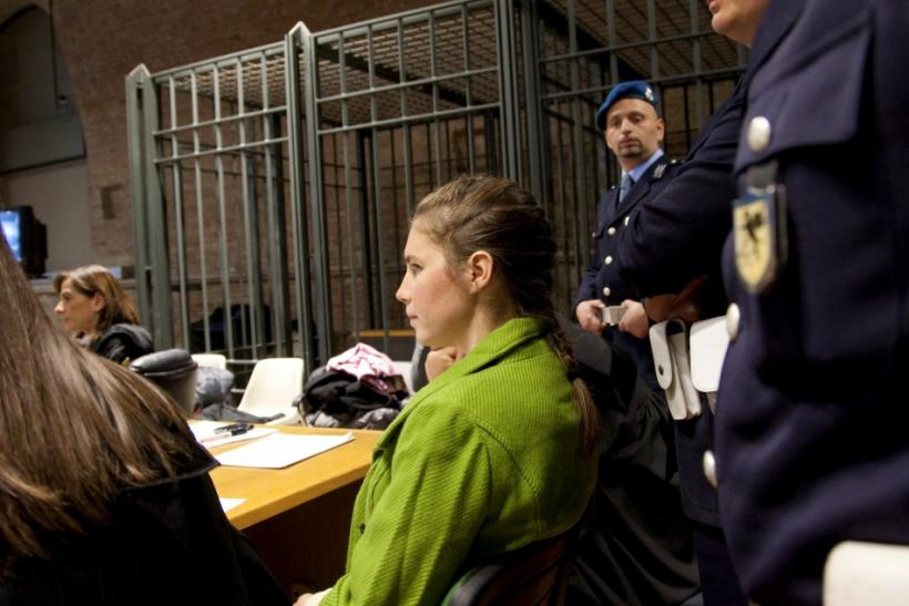 Image result for court amanda knox 2009