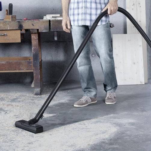 Multi-purpose vacuum cleaner WD 5 Premium: Optimally developed: Floor nozzle and suction hose