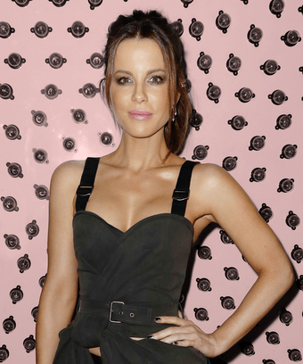 kate beckinsale unconventional families instagram ex
