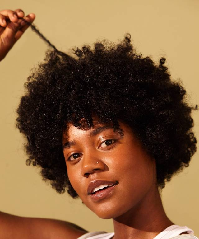 12 examples of naturally curly and coily hair shrinkage