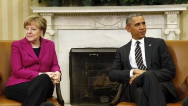 President Barack Obama meets with German Chancellor Angela Merkel to discuss the crisis in Ukraine at the White House in Washington February 9, 2015. REUTERS/Kevin Lamarque
