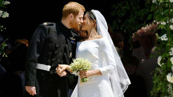 PHOTO: Prince Harry and Meghan Markle kiss on the steps of St George's Chapel in Windsor Castle after their wedding in Windsor, Britain, May 19, 2018. (Reuters)