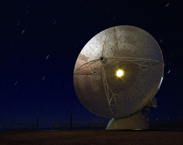 Телескоп ALMA в Чилийской пустыне Атакама. Именно с его помощью были открыты пояса астероидов и похожая на Сатурн планета близ Проксимы Цент