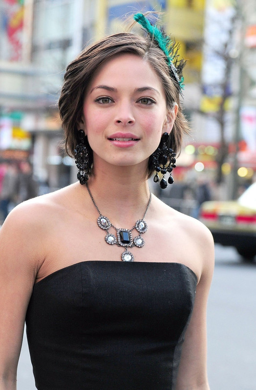 Kristin Kreuk | Ed B on Sports