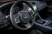 Jaguar_XE_300_Sport_Edition_17