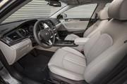 2018_Hyundai_Sonata_Hybrid_1