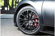 2012_Bugatti_Veyron_Super_Sport_11