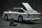 Aston_Martin_DB5_by_Lego_39