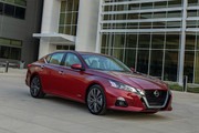 2019_Nissan_Altima_Edition_One_11